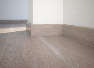 Floor plinth P61 oak Touch