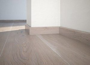 Floor plinth P50 oak Touch